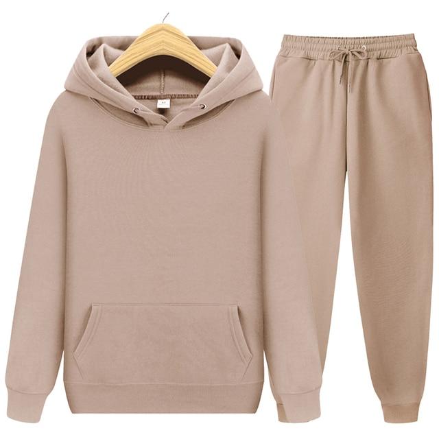2020 new Men's ladies casual wear suit sportswear suit solid color pullover + pants suit autumn and winter fashion suit 2