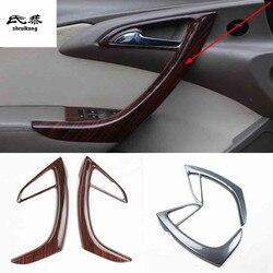 2 stks/partij ABS carbon fiber grain of houten Front Interieur armsteun decoratie cover voor 2009-2014 OPEL ASTRA J P10