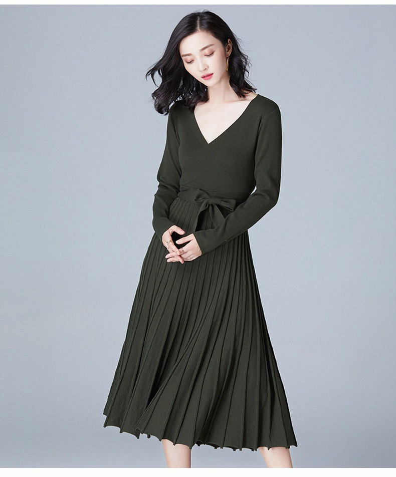 2020 WOMEN Autumn And Winter New Women's Knitted Bottoming Skirt V-neck Mid-length Dress