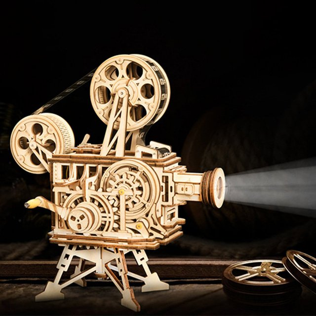 Hand Crank Diy 3D Film Traditional tractor Projector Wooden Model Building Kit Assembly Vitascope Toy Gift for Children Adult