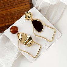 Korean Statement Black Acrylic Drop Earrings for Women 2020 Fashion Jewelry Vintage Geometric Gold Asymmetric Earring lost lady luxury natural shell earring for women pearl drop earring statement geometric earrings 2019 gold color fashion jewelry