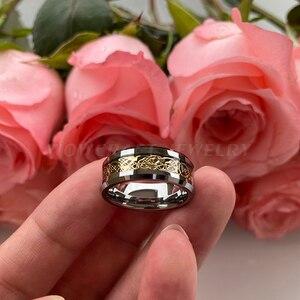 Image 4 - Anel de carboneto de tungstênio incrustado de fibra de carbono preto das mulheres dos homens bordas chanfradas polido ouro dragão aniversário casamento anéis