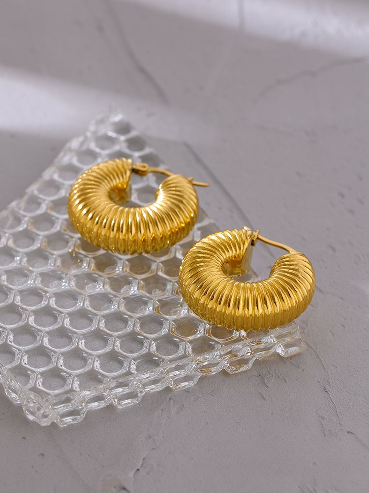Yhpup Exquisite Bling Cubic Zirconia Snake Hoop Earrings kpop Gold Plated Copper Earrings Fashion Jewelry 2021 Party Gift