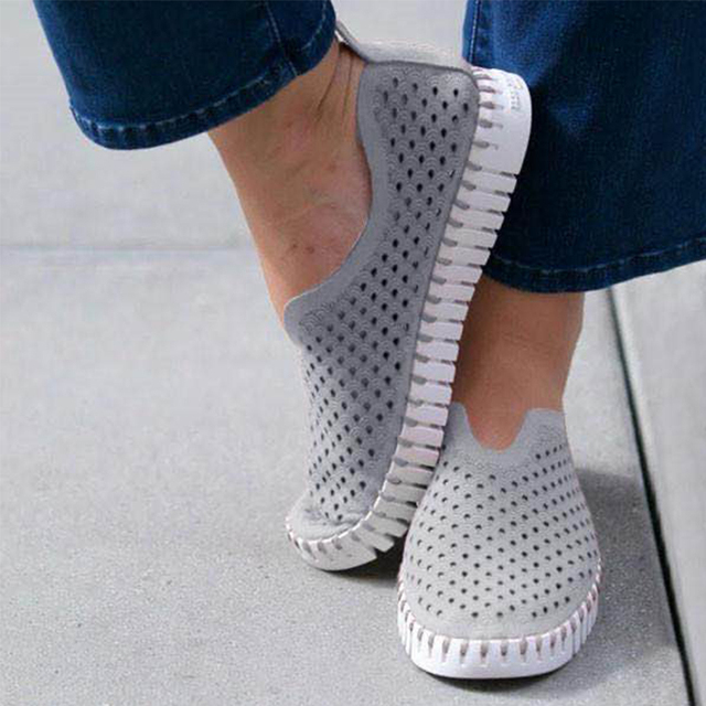 Hollow Out Breathable Women Sandals Summer Shoes Soft Loafers Female Flats Shoes Footwear Zapatos Mujer Femmes Sandales
