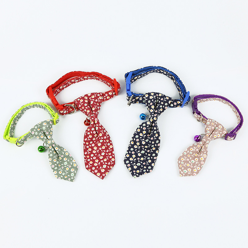 Creative New Style Tie Dog Neck Ring Home Outdoor Pet Supplies Cute Floral-Print Traction Collar Meng