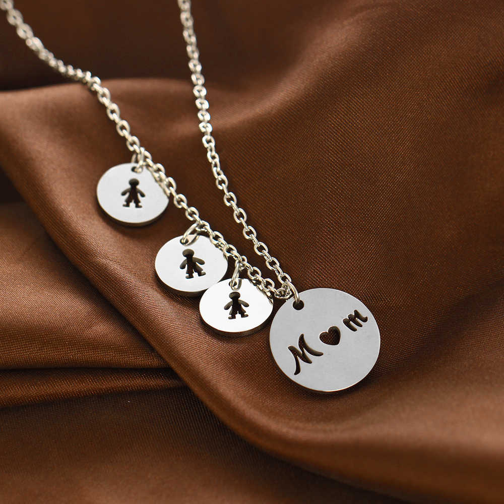 Stainless Steel Mom With Three Sons Circle Pendant Family Love Necklace Mommy Mum Boys Mother's Day Birthday Party Xmas Gifts