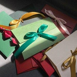 Image 3 - 40 sztuk/partia nowy jedwab wstążka DIY festiwal prezent koperta list papiery Butterfly knot zaproszenie na ślub list szalik, maska pakowania