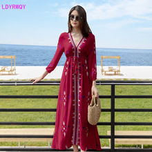 2019 new European and American style autumn womens clothing Vintage embroidery V-neck printing lace waist beach dress