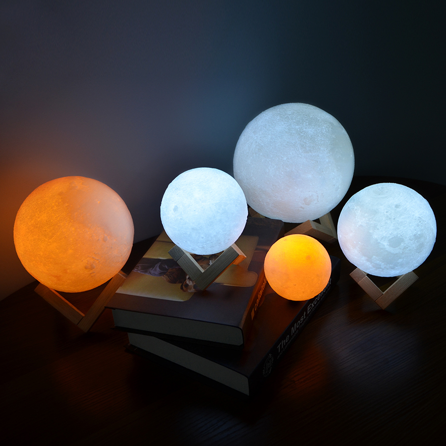 Rechargeable 3D Print Moon Lamp with LED Light For Bedroom Decoration