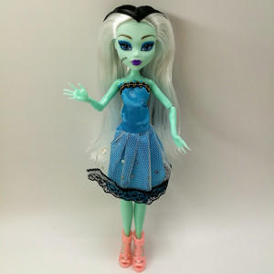 Image 5 - 4 sztuk/partia w nowym stylu potwór zabawy wysokie lalki potwór Draculaura wysokość ruchome wspólne, dzieci najlepszy prezent hurtownie moda lalki