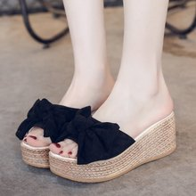 цены Summer Flip Flops Women Slippers Bow Platform Sandals Women Thick Bottom Wedges Slippers Casual Shoes
