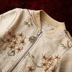 Image 4 - MoaaYina yüksek kalite moda ceket ceket sonbahar kadın çiçek boncuk zarif kısa ceket ceket