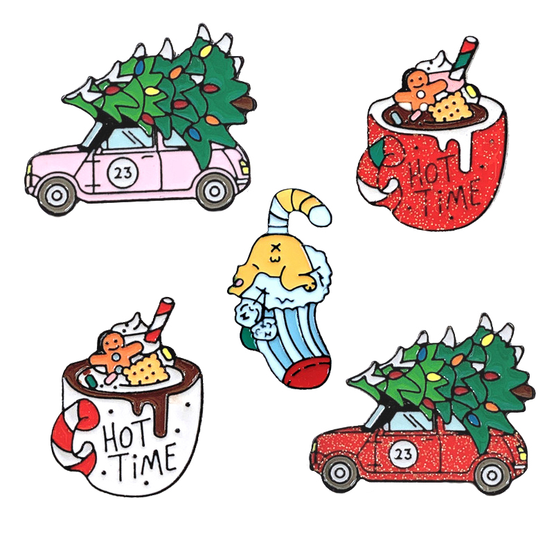 Christmas Metal Enamel Brooch HOT Coco Teacup Pink Car Carrying Christmas Tree Socks Badge Pin Trendy Family Kids Jewelry Gifts