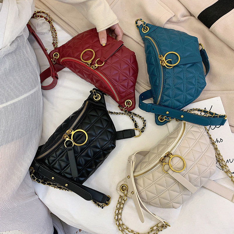 Embroidered thread bag women's bag 2019 autumn and winter new fashion Messenger bag chain shoulder chest bag disco bag