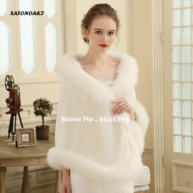 Hot Sale 2020 Cheap Wedding Jacket Bride Wraps Cape Winter Wedding Dress Wraps Bolero Wedding Fur Bridal Coat Accessories