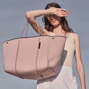 Image 4 - Di lusso Delle Donne di Marca Borsa di Cuoio Hollow Shopping Bag Casual Tote Borse Morbide Femminile Grande sacchetto del Messaggero del Sacchetto di Spalla di Nuovo di Grandi Dimensioni