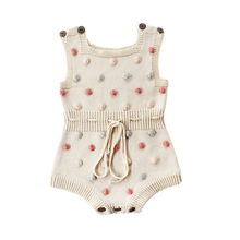 아기 니트 바디 수트 손으로 만든 양모 공 아기 소녀 Kawaii 유럽 스타일의 아기 소녀 공 Bodysuits 겨울 따뜻한 옷