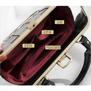 Image 5 - iPinee 2020 Women Shoulder Bag Italy Braccialini Handbag Style Retro Handmade Bolsa Feminina For Ladies House Shaped Bag