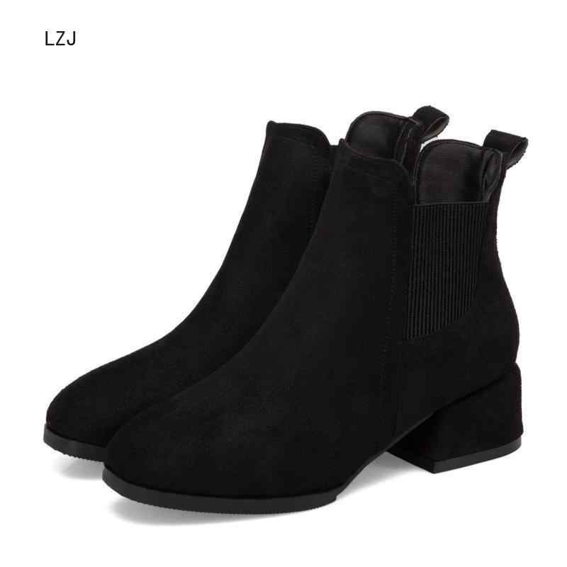 2019 г. Осенне-зимние ботинки женская обувь на толстом каблуке без шнуровки, цвета: верблюжий, черный Bota Feminina, Размеры 35-43, носки черные ботильоны