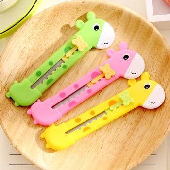 Cartoon Giraffe Portable Utility Knife Cute Paper Cutter Cutting Razor Blade Office school supply Stationery gift 1