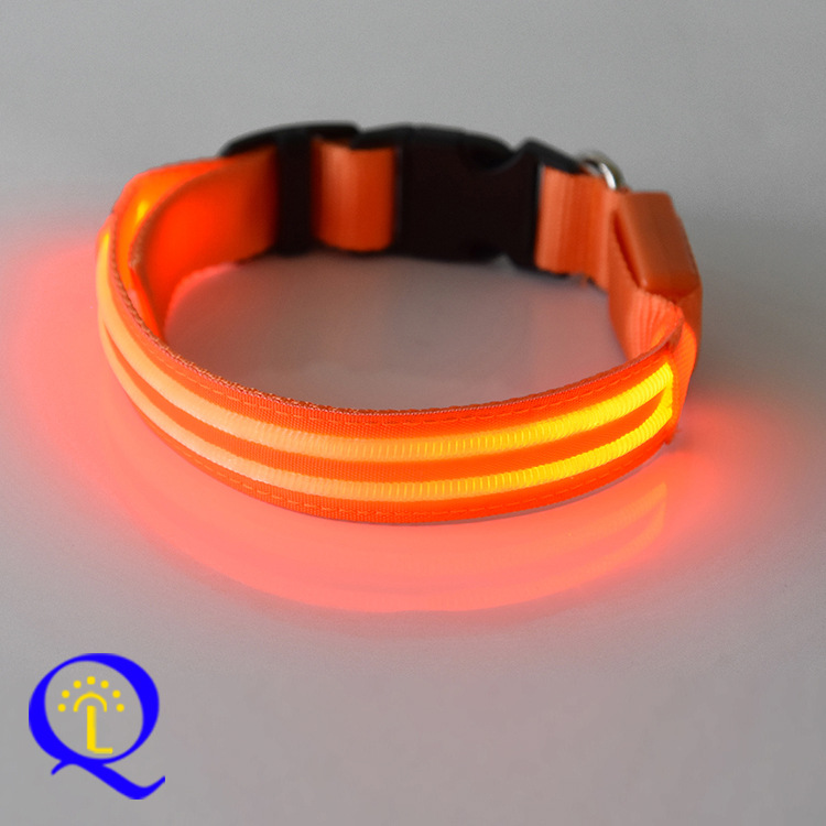 [] Charging Neck Ring Dog Traction Rope USB Charging Dog Luminous Collar Charging Neck Ring