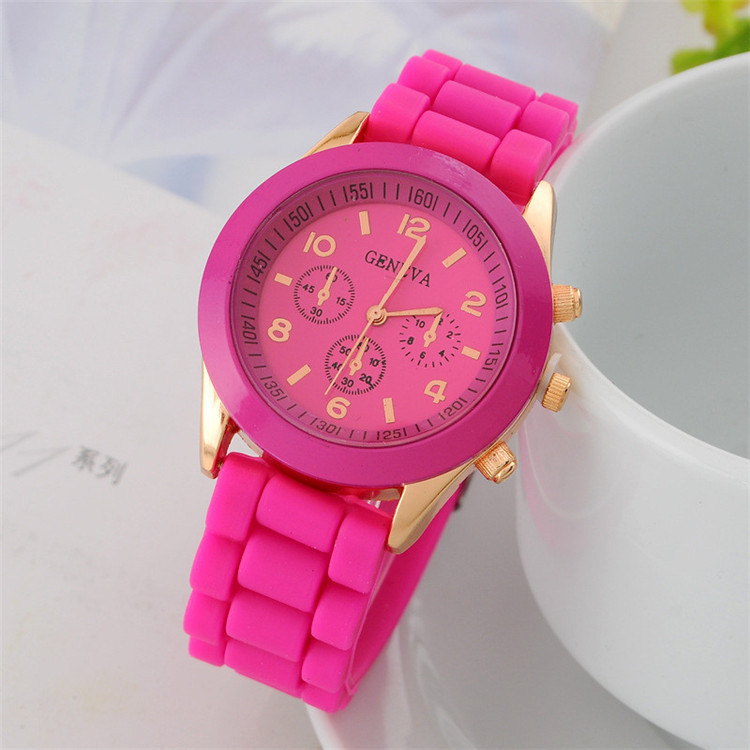 Watch Women Silicone Quartz Wristwatch Korean Fashion Children Watch Trend Wild Harajuku Simple Leisure Candy Color Jelly Strap