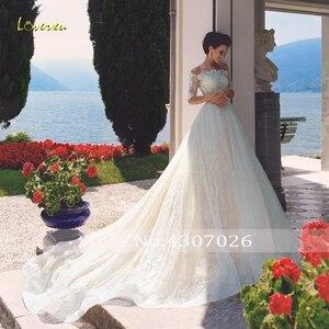 Image 3 - Loverxu 보트 넥 라인 웨딩 드레스 2019 아플리케 하프 슬리브 버튼 레이스 신부 드레스 채플 트레인 브라 가운 플러스 사이즈