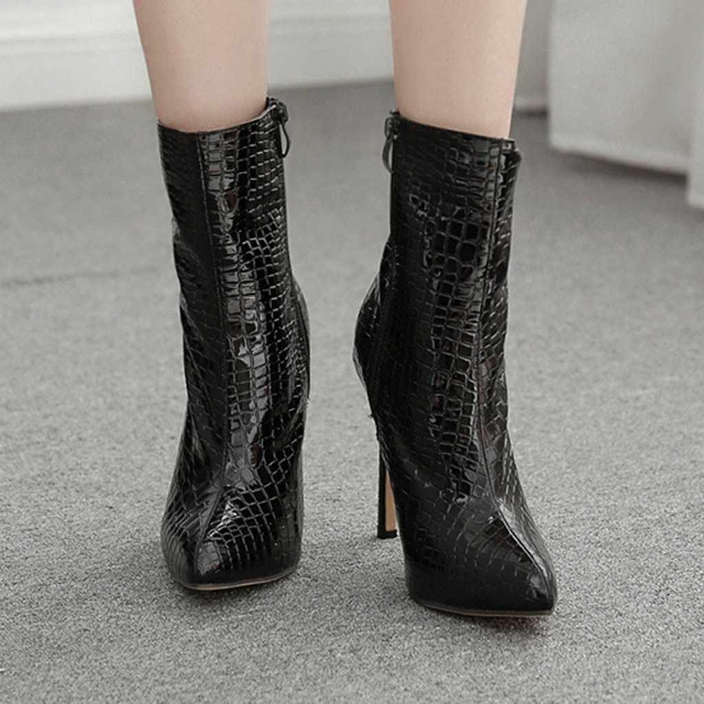 INS ร้อน Pointed Stiletto รองเท้าส้นสูงรองเท้าส้นสูงรองเท้าผู้หญิงรองเท้างู Carda Elsie Bootie Chesta สีดำ