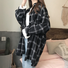 2019 Women Tops And Blouses Vintage Plaid Print Lapel Shirt Loose Single-breasted Long Sleeve Sun Protection Blouse Women x oblique plaid lapel single breasted mens shirt