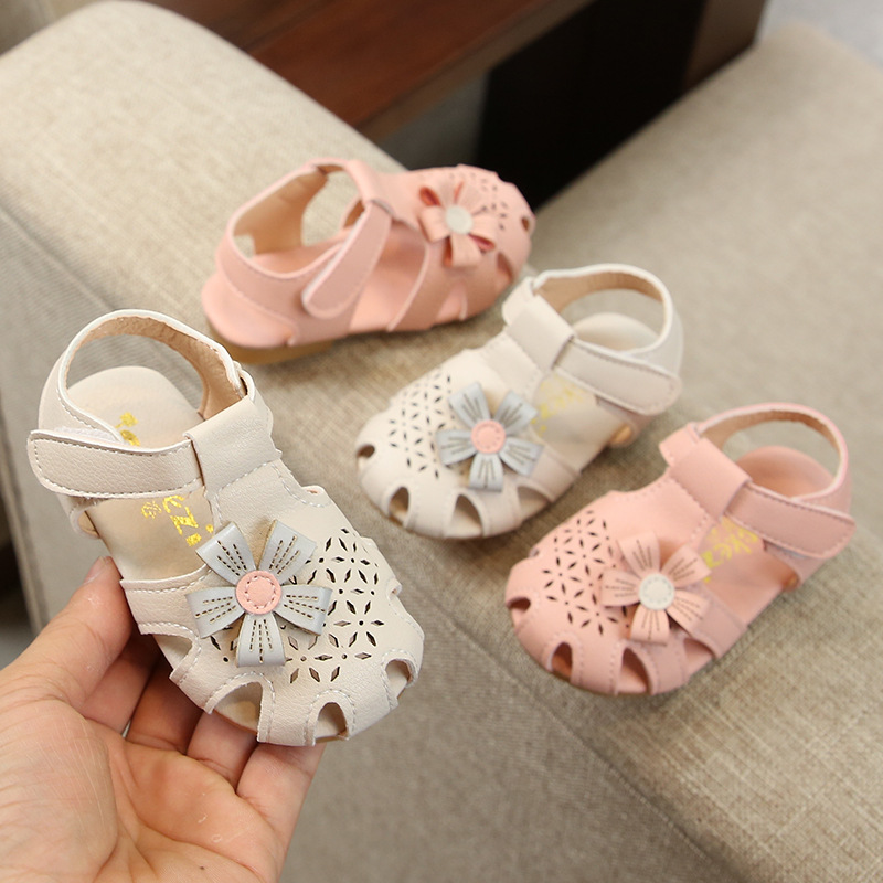 Girl sandals 2020 summer new baby sweet sandals korean simple flower soft bottom toddler kids shoes
