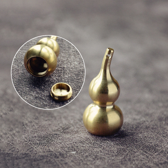 Mini Brass Gourd Statue Ornament Pendant Bless Peace Pocket Figurines Home Office Desk Decorative Ornament Key Pendant Toy Gift 5