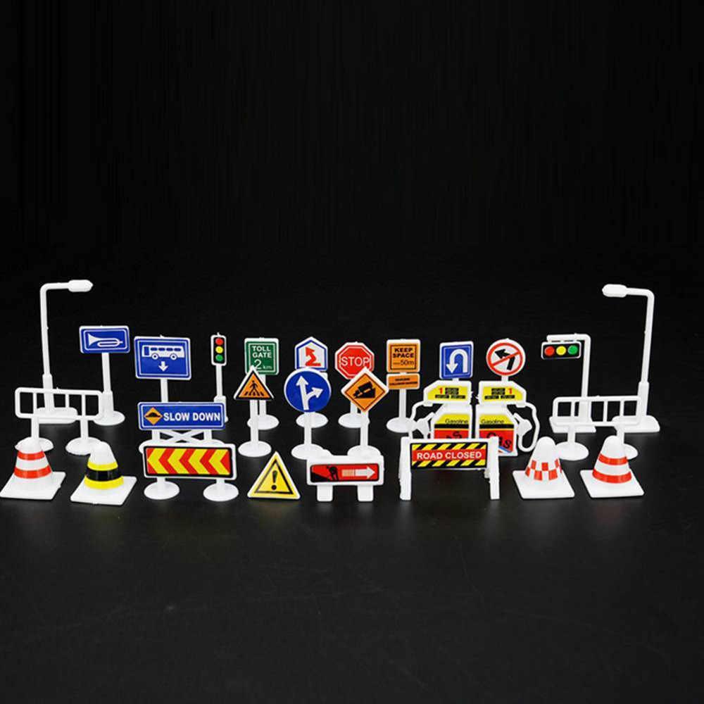28 Pcs Inggris Tanda Jalan Lalu Lintas Tanda Tanda DIY Model Adegan Mainan Mobil Aksesoris Anak-anak Anak-anak Bermain Belajar Mainan