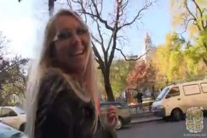 如果歐洲的眼鏡女兒試著泡妞,從那個認真的氣氛01.20p4
