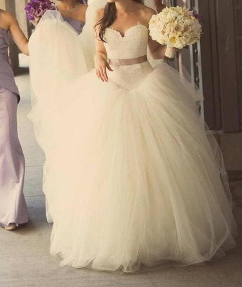 Romantic New Fashionable Tulle Sexy Belt Sweetheart Vestido De Novia Renda Casamento Ball Gown Wedding Dress 2016 Free Shipping