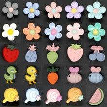 Crianças do bebê bonito botões decorativos para bordados artesanato plástico animal flor botão em roupas natal artesanal 10 pçs
