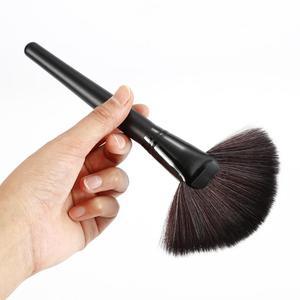 1Pcs Large Professional Slim Fan Makeup Brush Goat Hair Blush Face Powder Foundation Blending Cosmetic Makup Brush Makeup Tools(China)