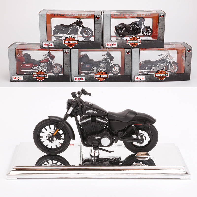Maisto 1:18 15 Style Motorcycle Bike Model Toy For Harley 2009F XDFSE CVO FAT BOB 2016 BREAKOUT 2004 FXSTDSE CVO 2015 Street 750