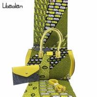 Latest African Women Wax Handbag Sets High Quality African Ankara Wax Bag Set With 100% Cotton 6 Yards Real Wax Fabric F912 25