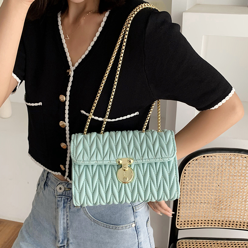 New Style Fashion All-Match Simple Shoulder Bag Luxury Designer Chains Crossbody Bags For Women Leather Flap Travel Female Bags