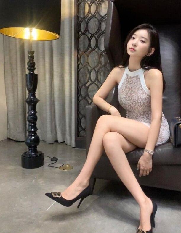 ins上很火的韩国模特申才恩(zennyrt)打包资源 图集+视频