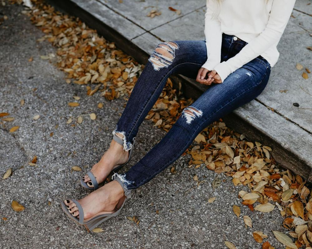 Distressed Jeans Woman Hip-hop Ripped Hole Light Blue Jeans High Waist Loose Full-Length Pants Streetwear Trousers
