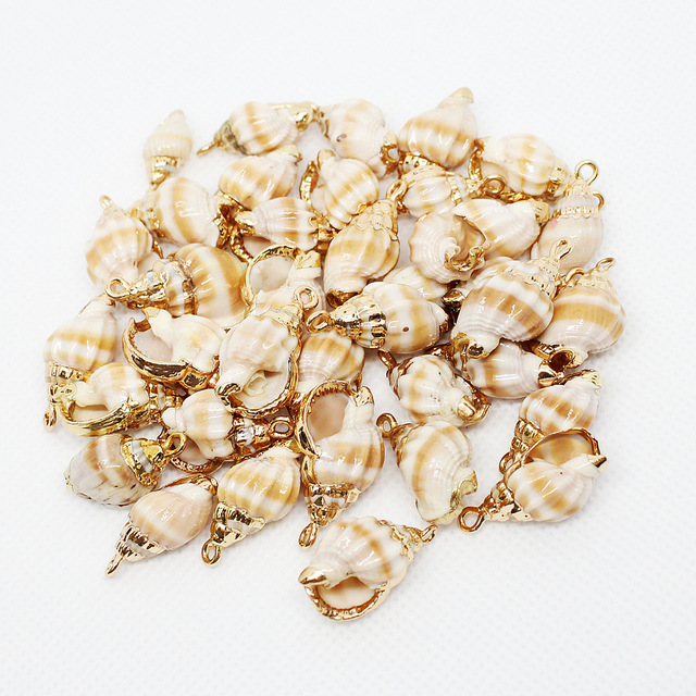 5Pcs 2019 Hot Selling Natural Shell Charms Pendant  10*15mm Size Conch Shape  DIY Accessories Earrings Pendants Baby Charms