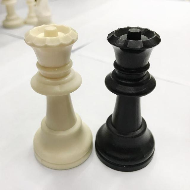 Ensemble d'échecs 32 pièces de 7.7cm, 5