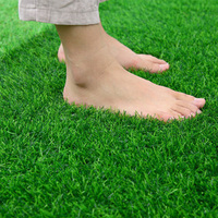 50/200 cm Realistische Teppich Simulation Teppich Grün Teppich Künstliche Rasen Rasen Gefälschte Moos Familie Garten Teppiche für Wohnzimmer zimmer-in Teppich aus Heim und Garten bei