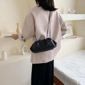 Image 5 - מותג עיצוב ארוג כופתה תיק נשים כתף שקיות 2020 חדש אופנה גבירותיי Crossbody שליח שקיות עור מפוצל תיקי נקבה