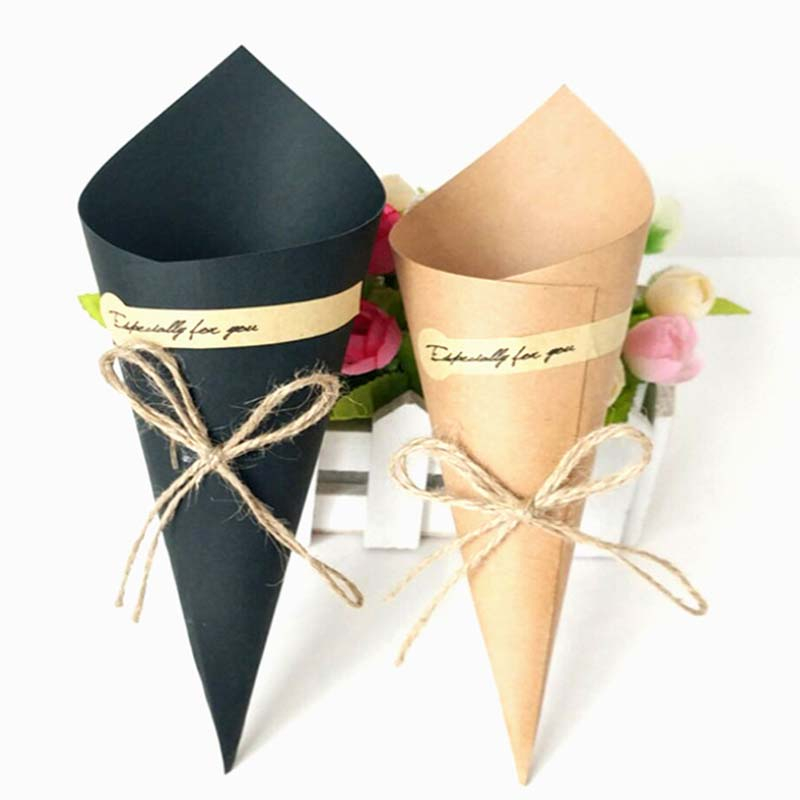 50 Pcs DIY Retro Creative Folding Kraft Paper Gift Box Cone Bouquet Flower Packaging Wedding Party Christmas Decoration Crafts