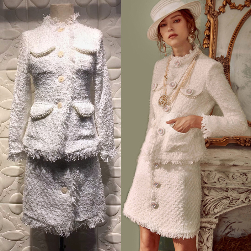 New white  Pearl pocket Woollen cloth coat and skirt give gauze  hat Women's Sets
