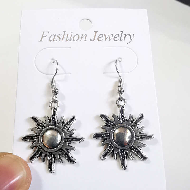 Vintage Perak Moon Sun DROP Menjuntai Anting-Anting Wanita Hadiah Anting-Anting Fashion Perhiasan Goth Punk Kolczyki Brincos Aretes De Mujer Baru