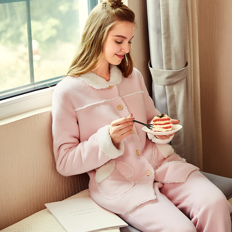 2020 Winter Thick Warm Flannel Pajamas Sets For Women Sleepwear Home Clothing Pajama Home Wear Pyjamas Set Women's home clothes