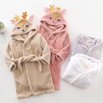 2020 dzieci szlafroki dzieci flanelowa ciepła piżama dla dziewczynek chłopcy 2-8 lat piżamy z kapturem szlafroki odzież dziecięca tanie i dobre opinie Flannel CN (pochodzenie) Szaty VH0410 Pasuje prawda na wymiar weź swój normalny rozmiar Suknem Unisex Cartoon Kids Bathrobe